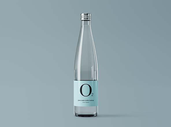 极简设计玻璃纯净水矿泉水瓶外观设计图样机 Minimal Glass Water Bottle Mockup